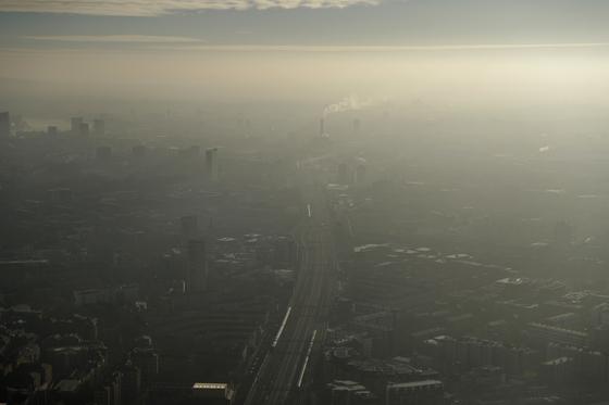 아홉 살 엘라의 목숨을 앗아간 영국 런던 남동부의 짙은 연무. [AP=연합뉴스]