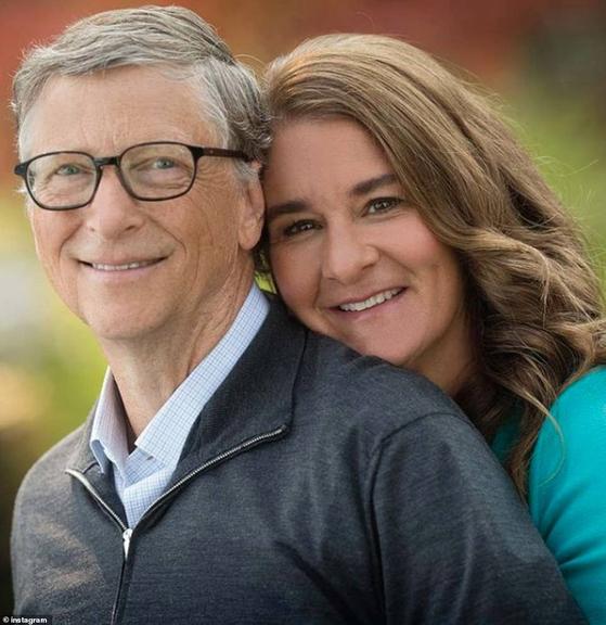 빌·멀린다 게이츠 부부가 27 년 간의 결혼 생활을 마치고 각자의 길을 걷기로 했다. [멀린다 게이츠 인스타그램]