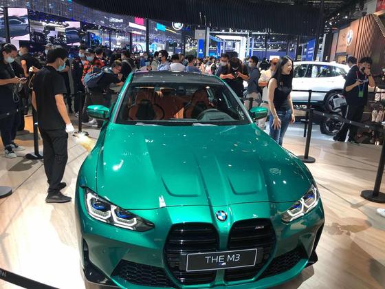 지난해 9월 중국 베이징 모터쇼에서 BMW의 고성능 차량 'M3'가 전시돼 있다. [연합뉴스]