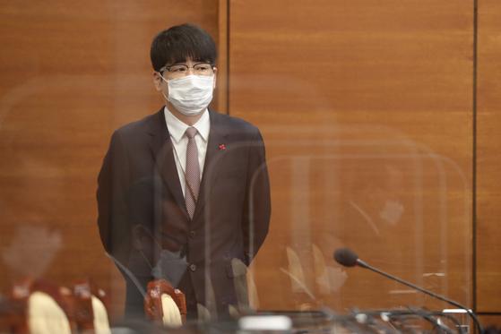 청와대 여민관에서 열린 국무회의에서탁현민 의전비서관이 참석해 있다. [청와대사진기자단]