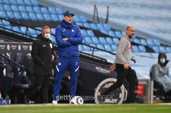 지난 9일(한국시간) 잉글랜드 프리미어리그 35라운드 맨체스터 시티전에서 토마스 투헬 감독이 경기를 지켜보고 있다. 사진=게티이미지