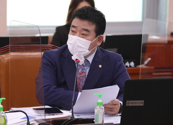 부동산 특위에 합류한 박정 민주당 의원. 오종택 기자