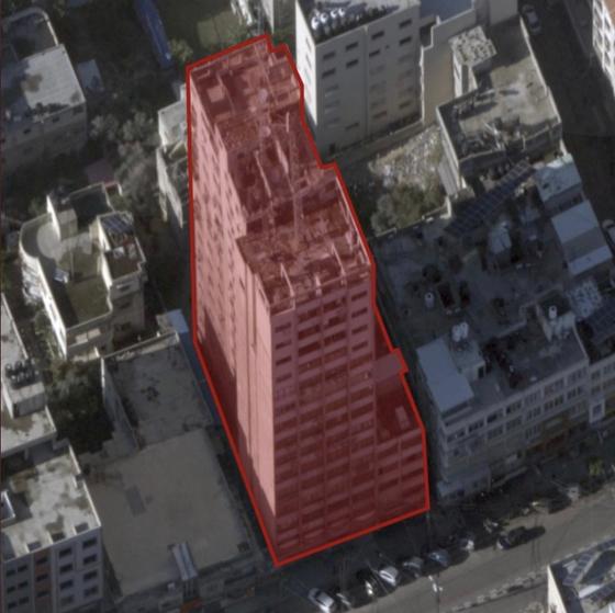이스라엘군이 파괴한 가자지구의 14층짜리 건물. 이스라엘군은 하마스의 시설이 있는 건물이라고 설명했다. [이스라엘군 공식 트위터 계정]