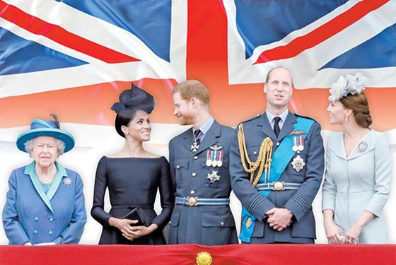 2018년 7월 10일 영국 버킹검궁 앞에 모인 로열패밀리. 왼쪽부터 엘리자베스 2세 여왕, 서섹스 공작부인 메건 마클과 남편 해리 왕자, 윌리엄 왕자와 아내 케임브리지 공작부인 케이트 미들턴. [EPA=연합뉴스]