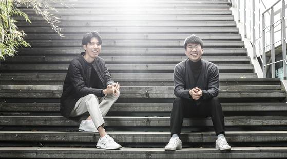 윤태훈씨와 윤준식씨(왼쪽부터)는 전국에서 1인세대가 가장 많은 수원에서 첫 '자립생활'을 시작했다. 김경록 기자