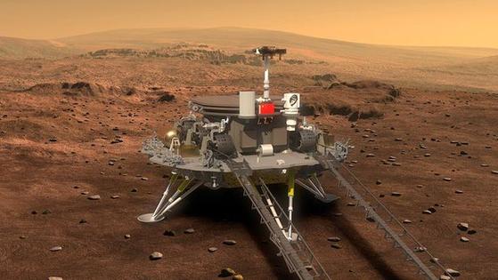 중국 화성 탐사 로버 주룽이 착륙선 톈원 1호에서 내려올 준비를 하는 모습의 상상도.[중국국가항천국(CNSA)]