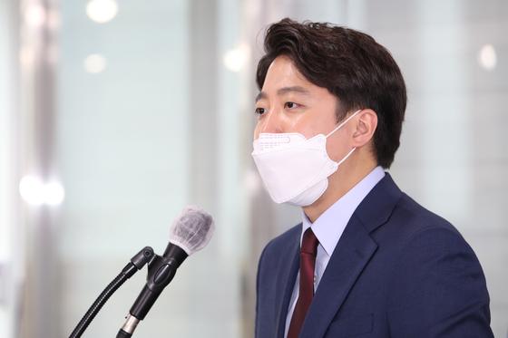 이준석 전 최고위원이 지난 20일 오후 서울 여의도 국민의힘 당사에서 당대표 출마 선언을 하고 있다. 오종택 기자