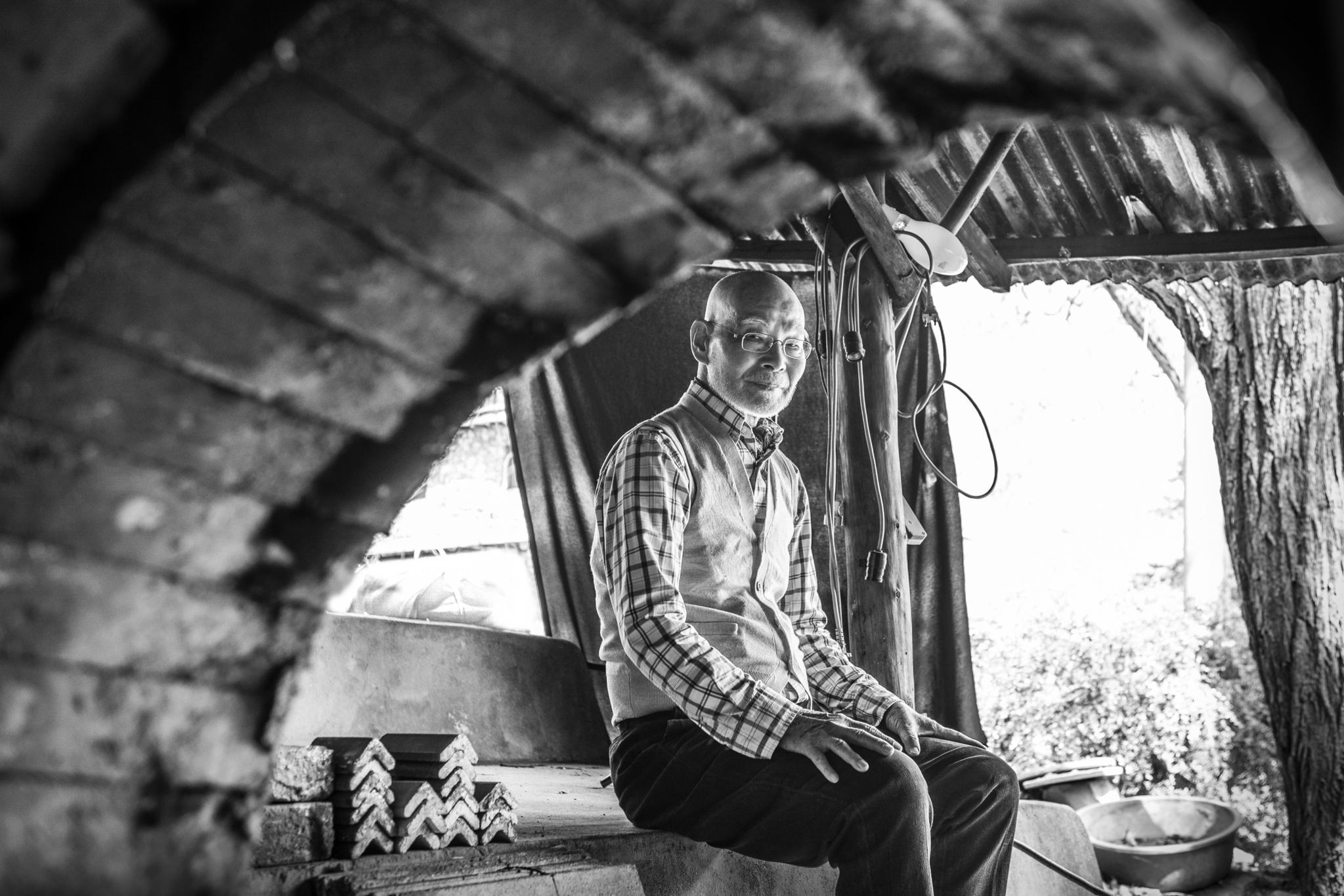 그가 손수 만든 용가마는 43년 세월 동안 252회 재벌구이를 해냈다. 올 10월, 김기철 도예가는 어쩌면 여기서 마지막 작업을 할 것이라고 했다. 권혁재 사진전문기자
