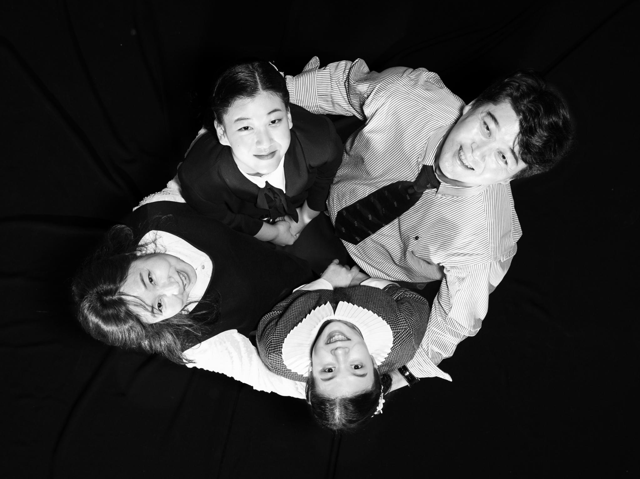 한데 어우러진 가족, '어울더울' 그렇게 '가족 꽃'이 폈습니다. 권혁재 사진전문기자