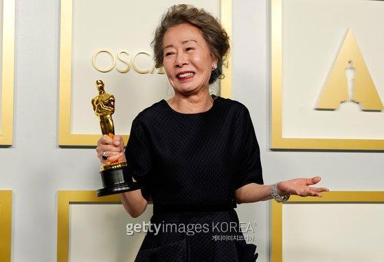 제93회 아카데미 시상식(Academy Awards) 여우조연상 '미나리' 윤여정 / 사진=Gettyimages·이매진스