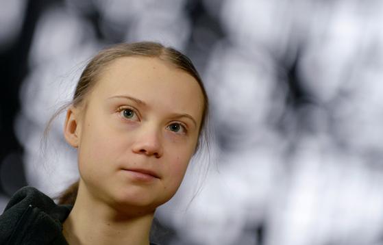 사진은 지난 2020년 벨기에 브뤼셀에서 언론 간담회를 갖기 전 그레타 툰베리의 모습 [로이터=연합뉴스]