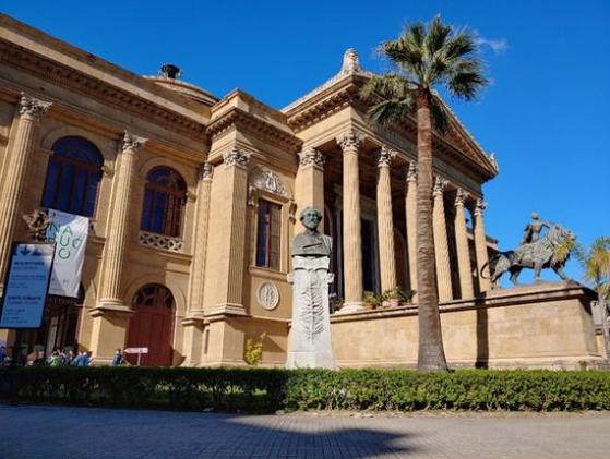 시칠리아 주도 팔레르모의 '마시모' 오페라 극장. [사진 한형철]