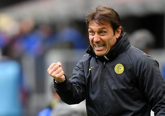 지난 시즌 인테르 밀란 우승을 이끈 콘테 감독이 토트넘 부임을 위해 협상 중이다. [로이터=연합뉴스]