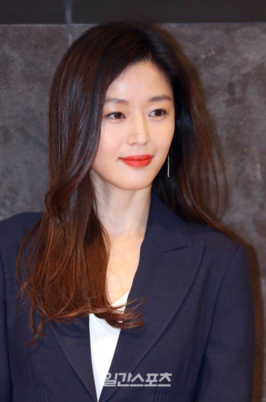 배우 전지현. 일간스포츠