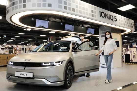경기 용인시 이마트 죽전점 일렉트로마트의 아이오닉5 팝업 전시장. 사진 현대자동차