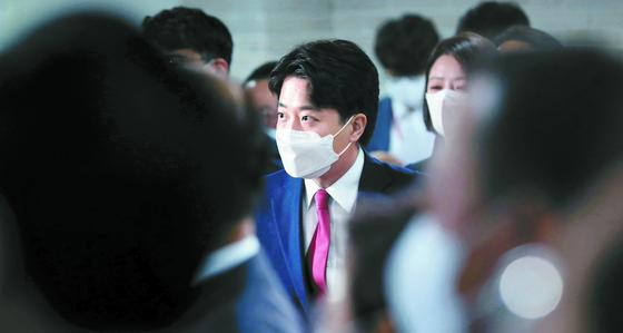 이준석, 첫 주말 당직인선 고심… 사무총장엔 권성동·박진 거론