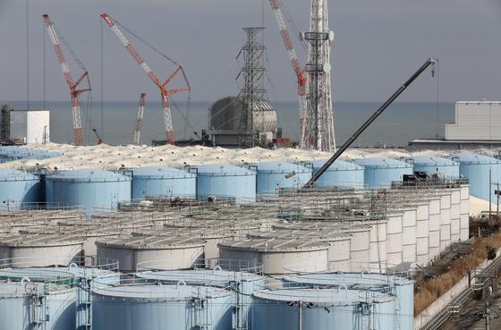 후쿠시마 제1원자력 발전소에서 발생한 오염수를 저장한 시설물. EPA=연합뉴스