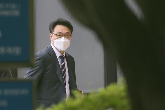6월 11일 김진욱 고위공직자범죄수사처 처장이 출근하고 있다. 연합뉴스