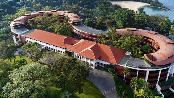 빗장 풀린 해외여행, '카펠라·아만·만다린 오리엔탈' 하반기에 갈 수 있는 세계 최고 호텔은?