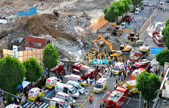 지난 9일 17명의 사상자가 발생한 광주광역시 동구 학동 주택재개발 사업 철거 건물 붕괴현장. 프리랜서 장정필