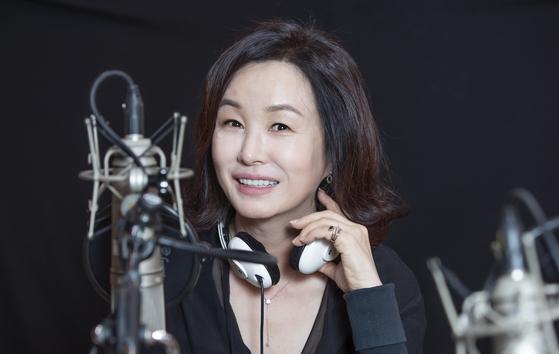 1982년부터 KBS·MBC·SBS 라디오를 넘나들며 DJ를 맡고 있는 배우 김미숙. KBS 1FM '김미숙의 가정음악'을 진행 중이다. 권혁재 사진전문기자