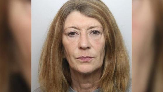 자신의 남편에게 끓는 설탕물을 부어 살해한 혐의로 재판에 넘겨진 코리나 스미스. 사진 BBC