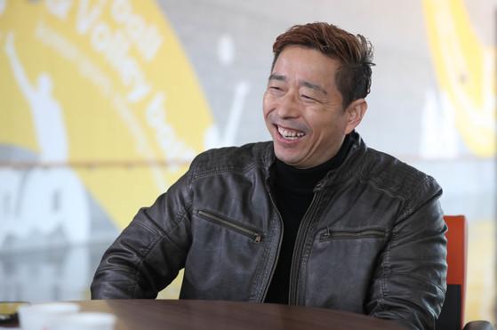 한민수 장애인아이스하키 대표팀 감독.
