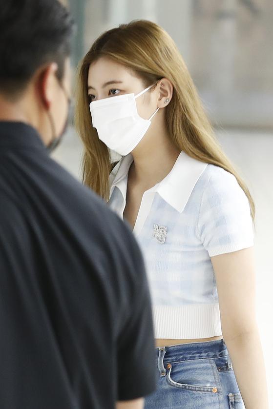 있지(ITZY) 리아가 지난 9일 제주 일정을 마치고 김포공항에 도착하고 있다. 뉴스1