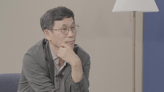 지난 14일 진중권(59) 전 동양대 교수가 중앙일보와 인터뷰 하고 있다. 정수경PD