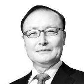 김두식 법무법인 세종 대표변호사 겸 국제통상법센터장