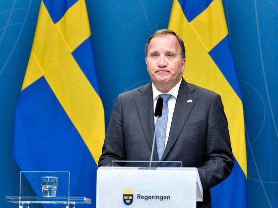 스테판 뢰벤 총리에 대한 의회 불신임안이 21일 스웨덴 사상 처음으로 통과됐다. [AP=연합뉴스]