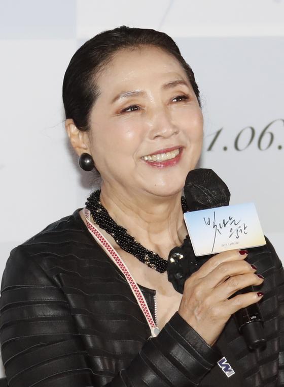 지난 14일 열린 영화 '빛나는 순간' 언론배급시사회에 참석한 배우 고두심의 모습. [뉴스1]
