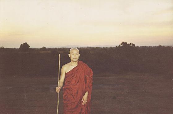 각산 스님이 미얀마의 파욱 명상센터에 머물며 수행하던 시절의 모습이다. [사진 참불선원]
