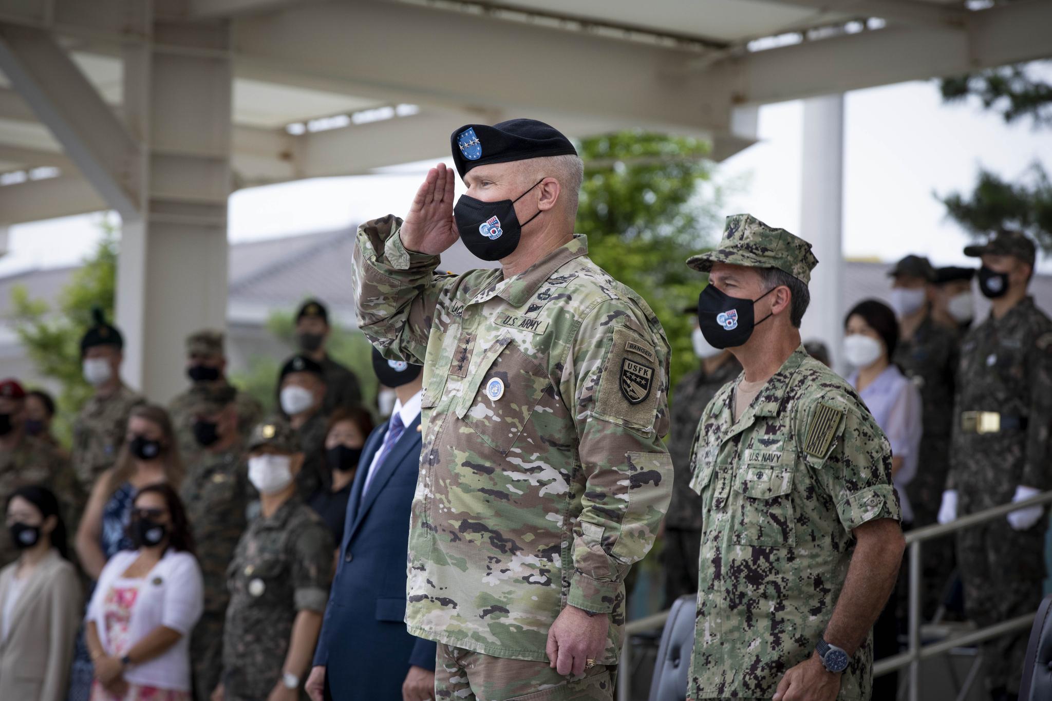 [이 시각] 한·미·일 군사협력 강조, 폴 라캐머러 한미연합사령관 겸 주한미군 사령관 취임