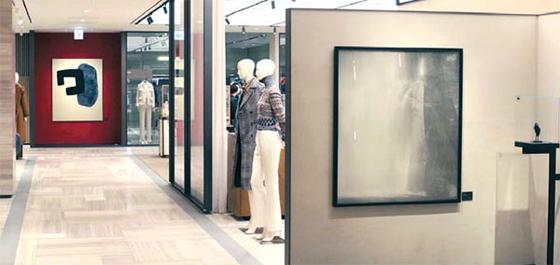 신세계백화점 강남점이 3층 명품 매장을 리뉴얼해 선보인 전시 공간 `아트스페이스`. 신세계백화점 제공