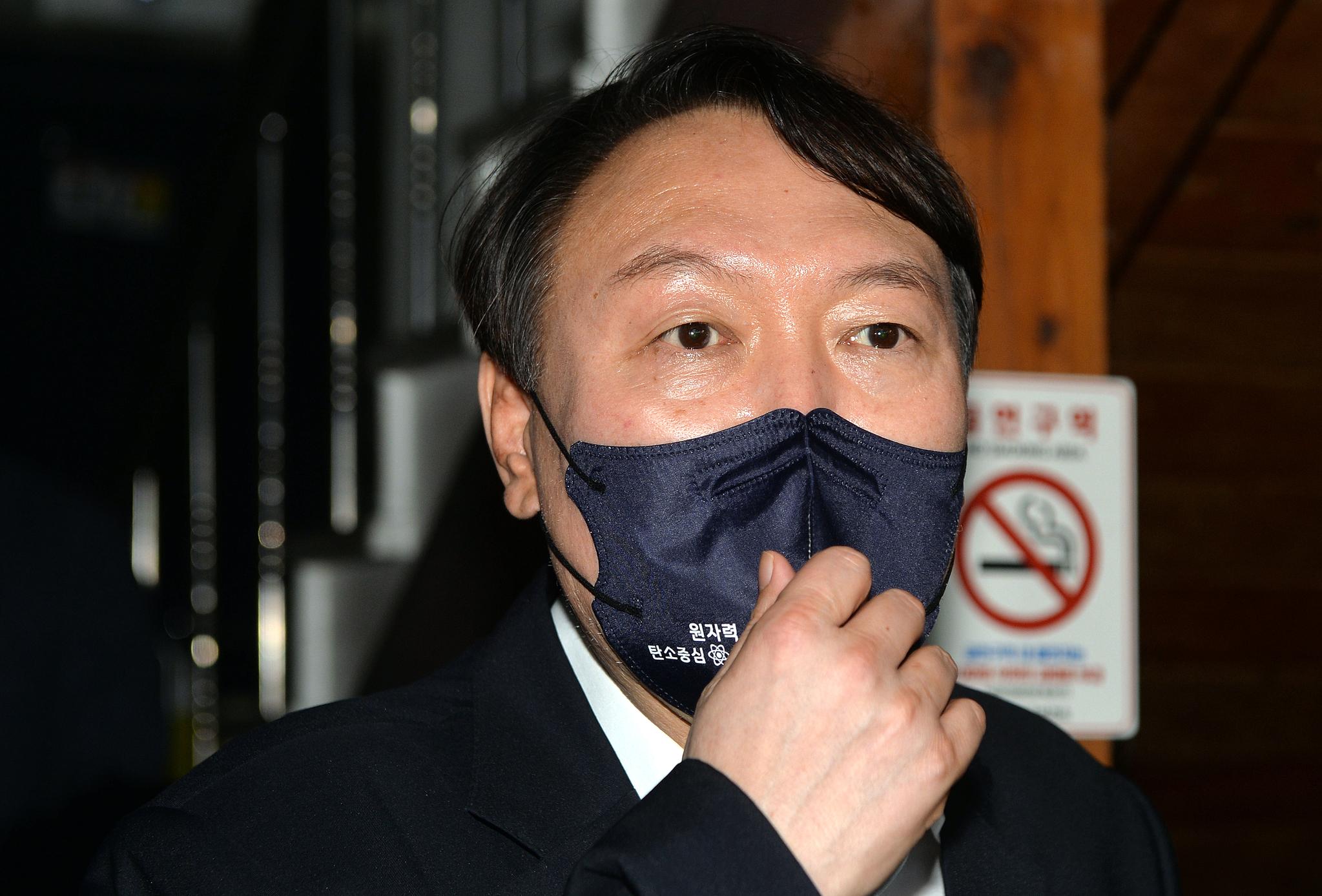 윤석열 전 검찰총장. 프리랜서 김성태