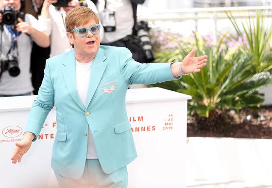 2019년 칸 국제영화제에서 영화 '로켓맨'을 최초 공개한 영국 팝스타 엘튼 존. [중앙포토]