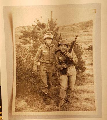 조영남씨의 군대 훈련소 시절. 당시 현역병 복무 기간은 36개월이었다. [사진 조영남]