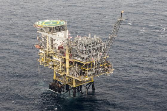 한국석유공사의 동해 가스전. 중앙포토