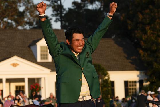 지난 4월 마스터스 골프 토너먼트에서 일본 남성으로는 사상 첫 메이저 대회 타이트을 따낸 마쓰야마. [AP=연합뉴스]