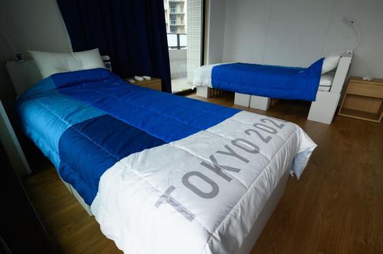 일본 도쿄올림픽·패럴림픽참가 선수들이 사용하고 있는 골판지로 만든 침대. [AP=연합뉴스]