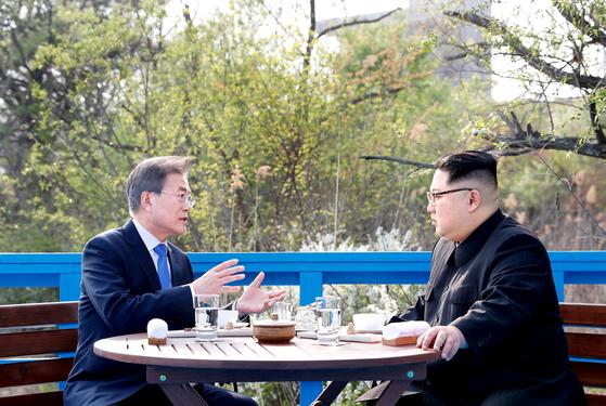 """'연합훈련 연기' 공론화하자 본색 드러낸 北…김여정 """"전쟁연습 예의주시"""""""
