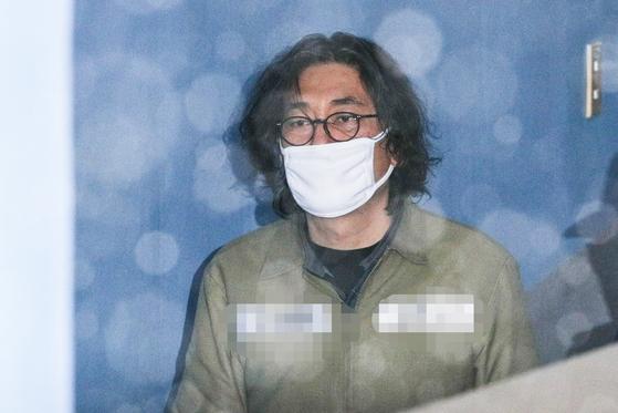 김치·와인 계열사에 판 혐의 이호진 전 태광회장 수감 중 검찰 소환