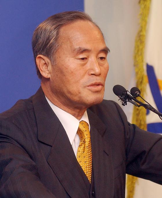 [삶과 추억] 민청학련·김재규 변론한 인권변호사