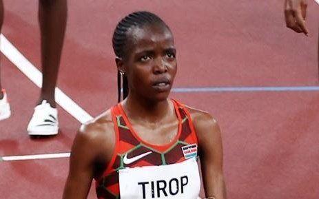 지난 7월 30일(현지시간) 일본 도쿄에 있는 올림픽 스타디움에서 열린 여자 5000m 육상 경기에 출전한 케냐 선수 티롭. EPA=연합뉴스