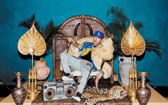 아디다스는 힙합 오디션 프로그램 '쇼미더머니'를 후원하면서 래퍼 도끼(Dok2)를 내세워 컬래버레이션 광고를 만들었다. 사진 아디다스