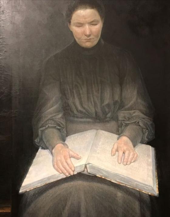 덴마크 화가 에이나르 닐센의 '책 읽는 시각장애 여성'. 책이 너무 흔해지고 공부의 뜻이 종종 오해되고 있는 오늘날 '진지한 공부'는 오히려 점자책 읽기 같은 데서 찾을 수 있지 않을까?