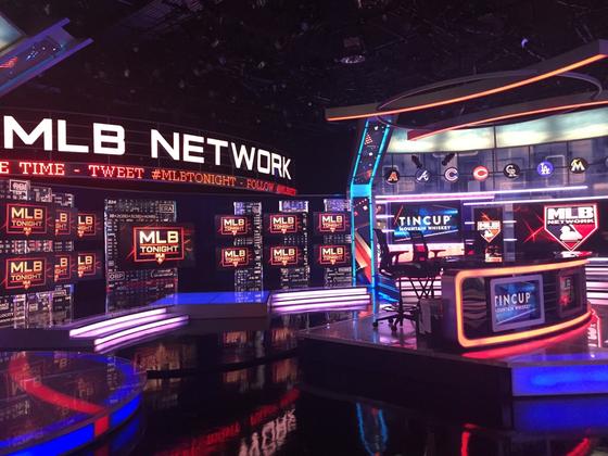 MLB Network의 자체 스튜디오. 베이브 루스를 기념해서 '스튜디오 3'라 부른다. 대표 프로그램 'MLB 투나잇'이 만들어지는 곳이다. [사진 이태일]