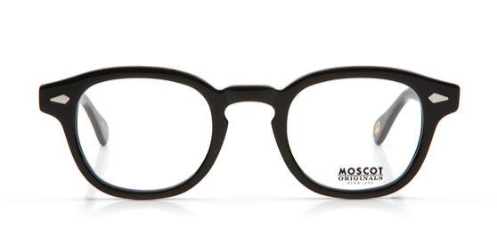 방탄소년단 RM이 쓴 '모스콧'의 렘토쉬 안경.  [사진 모스콧]