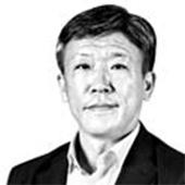 강홍준 중앙SUNDAY 사회에디터